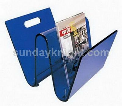 W shape brochure holders