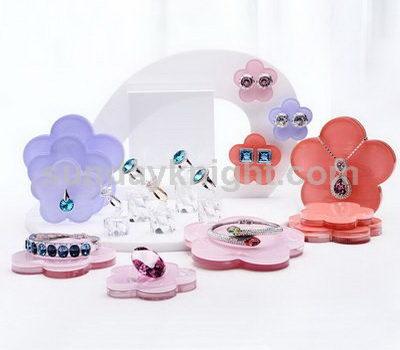 Jewelry display supplies