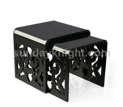 Custom acrylic display SKOT-009