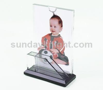 Plexiglass picture frames