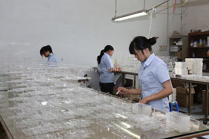 acrylic-manufacturers