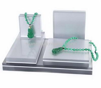 SKJD-055-1 Acrylic jewelry display blocks