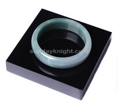 Acrylic jewelry display supplies