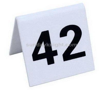 Custom table numbers