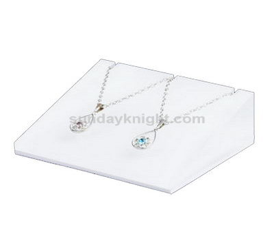 Acrylic jewelry display