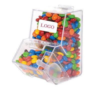 Bulk candy dispenser
