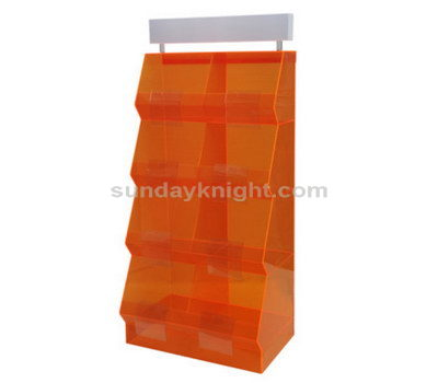 Acrylic store display fixtures