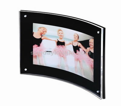 Curve acrylic photo frame