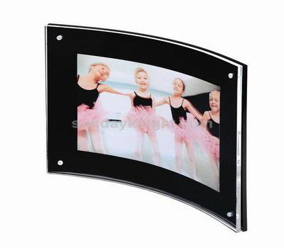 Curve acrylic photo frame