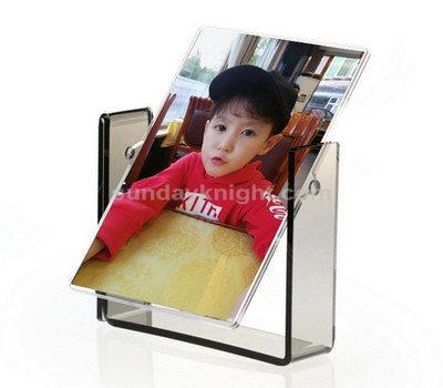 Acrylic swing photo frame