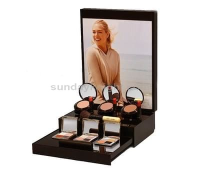 Display for cosmetics