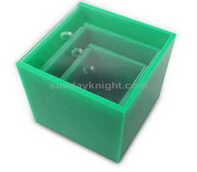 SKAB-136 Acrylic box with lid