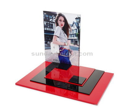 Custom acrylic cosmetic displays