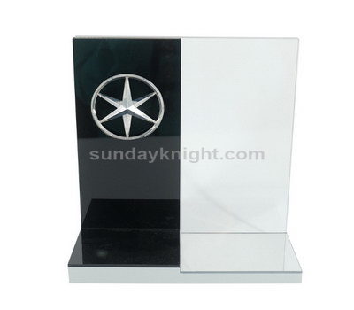 Acrylic display supplier