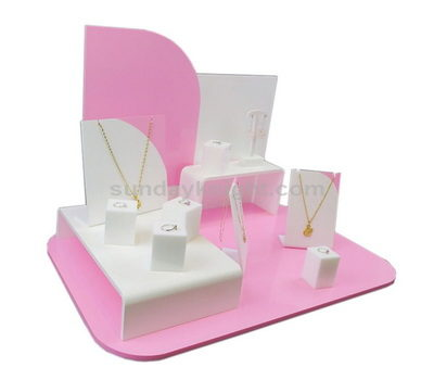 Custom jewelry display stands
