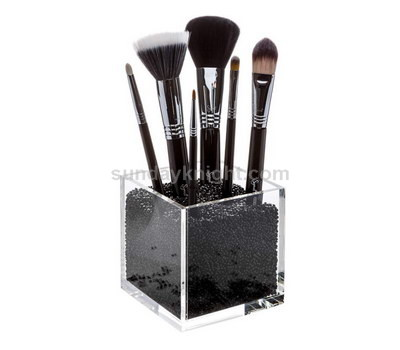 Clear acrylic makeup brush holder with free pearls