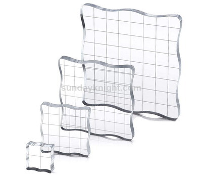 Acrylic stamp block with grid lines