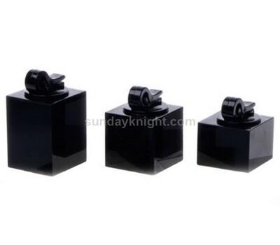 Black acrylic display for single ring